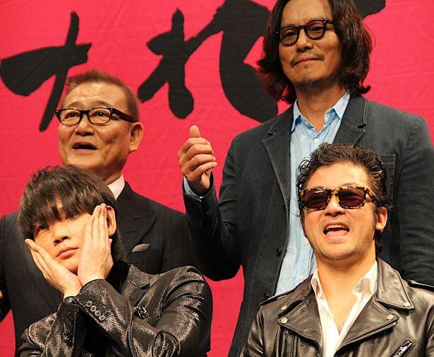 豊川悦司、綾野剛の優しさにたっぷり触れて役作りを変更!