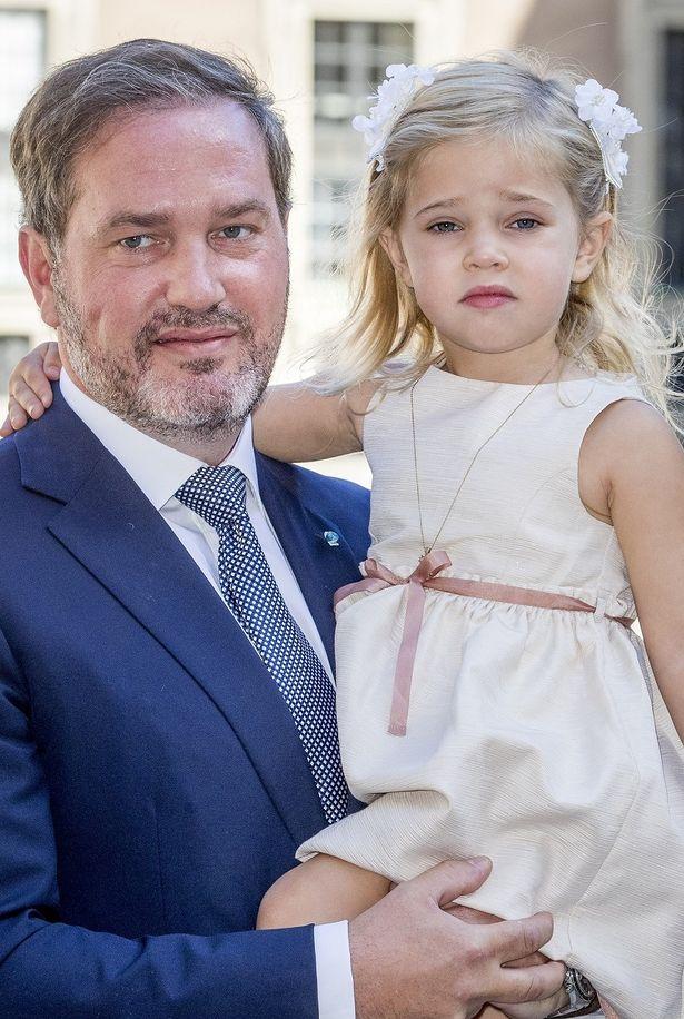 洗礼式に出席したレオノール王女だったが…