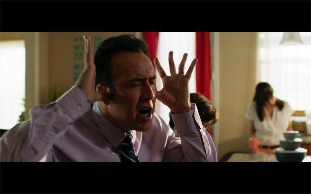 映画『マッド・ダディ』に主演のニコラス・ケイジ。神経質な顔だってお手のものだ!