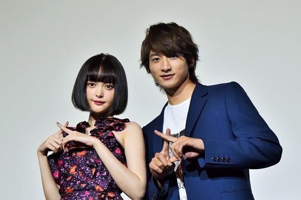 映画『わたしに××しなさい!』の舞台挨拶が梅田ブルク7で行われた