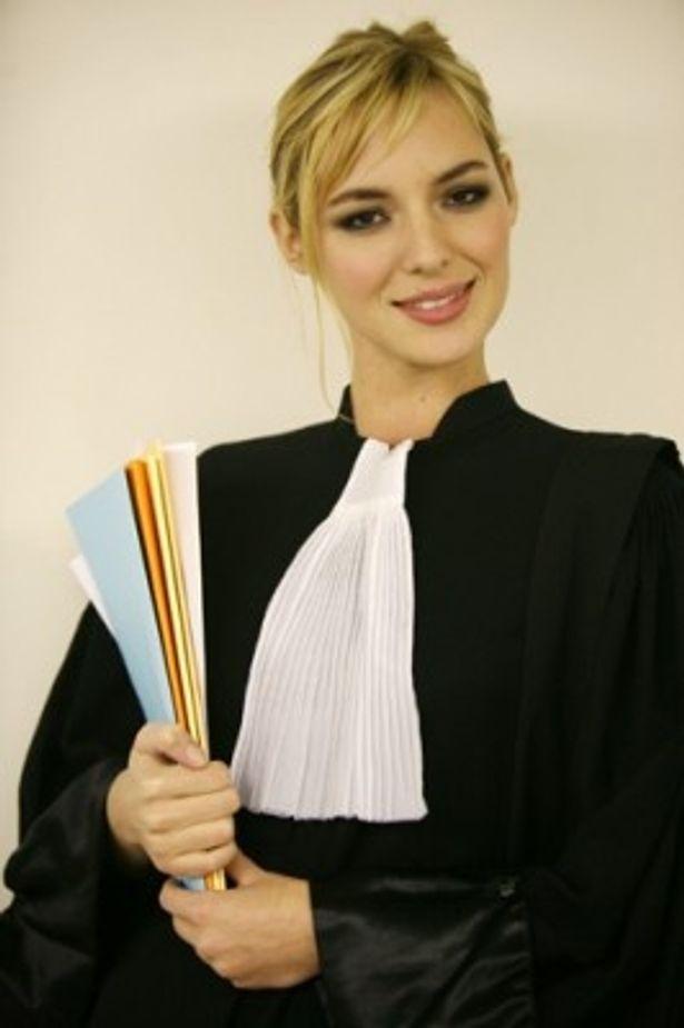 2008年にスクリーンデビューしこの『アデル ファラオと復活の秘薬』で初主演を果たした