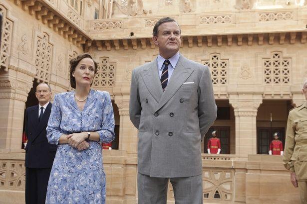 英国インド総督としてインド返還に立ち会ったルイス・マウントバッテン卿の姿を描く『英国総督 最後の家』