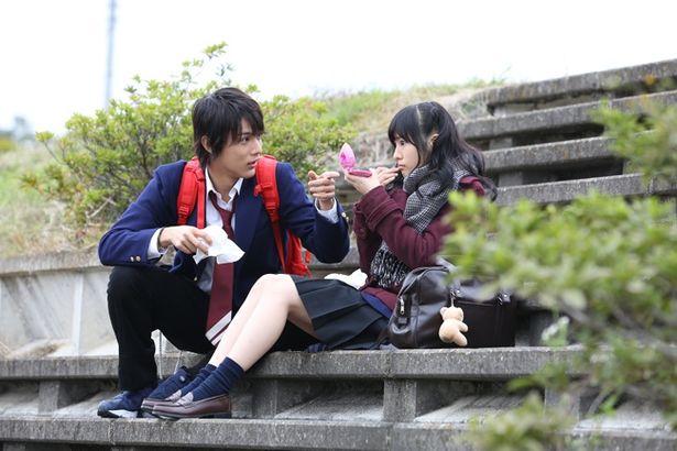 『虹色デイズ』(写真)だけでなく、ドラマ「覚悟はいいかそこの女子。」でも中川大志と共演している