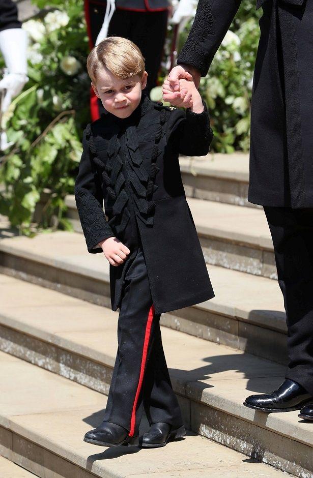 ジョージ王子の公式写真が話題沸騰!