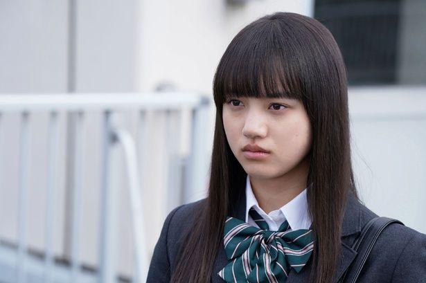 【写真を見る】美少女ヒロイン・あゆみを演じた清原果耶。公史郎(神山)とカップルになり、火賀(重岡)からは一途に片思いされるという役どころ