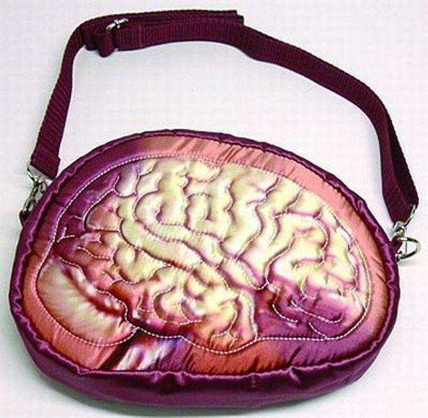 """脳の""""シワ""""もリアルに再現!? エンスカイの「臓器ポーチ 脳」(2625円)"""