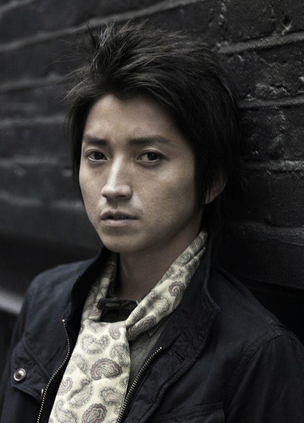 藤原竜也が産業スパイに!吉田修一『太陽は動かない』が映画&連続ドラマ化