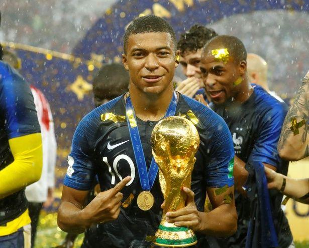 先日のワールドカップでブレイクしたエムバペもパリ19区の出身