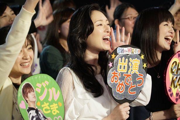 栗山千明、安達祐実らが35歳のアイドルヲタクを熱演