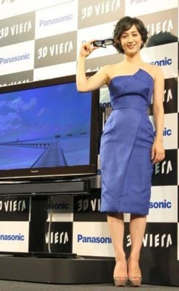 「3Dビエラ」の宣伝キャラクターに就任した滝川クリステルさん