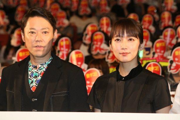 『音量を上げろタコ!』で共演した阿部サダヲと吉岡里帆