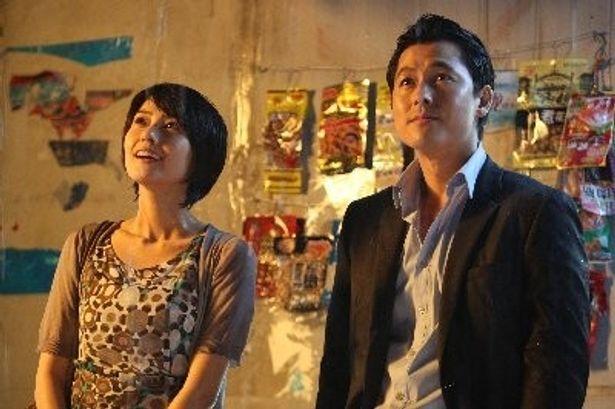『きみに微笑む雨』の雨宿りシーン。韓国恋愛映画での雨は恋を予感させる