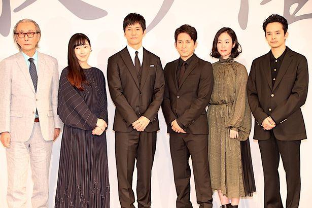 『散り椿』は、9月28日(金)に公開される