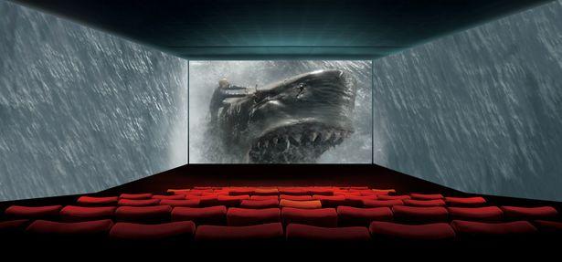 最新の上映設備で『MEG ザ・モンスター』を体験!