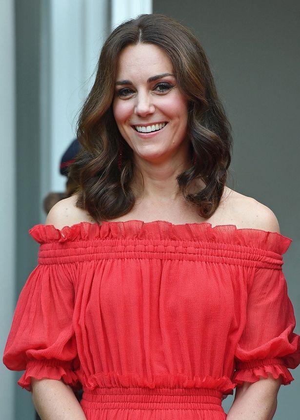 デンマークの皇太子妃がキャサリン妃を完コピ?