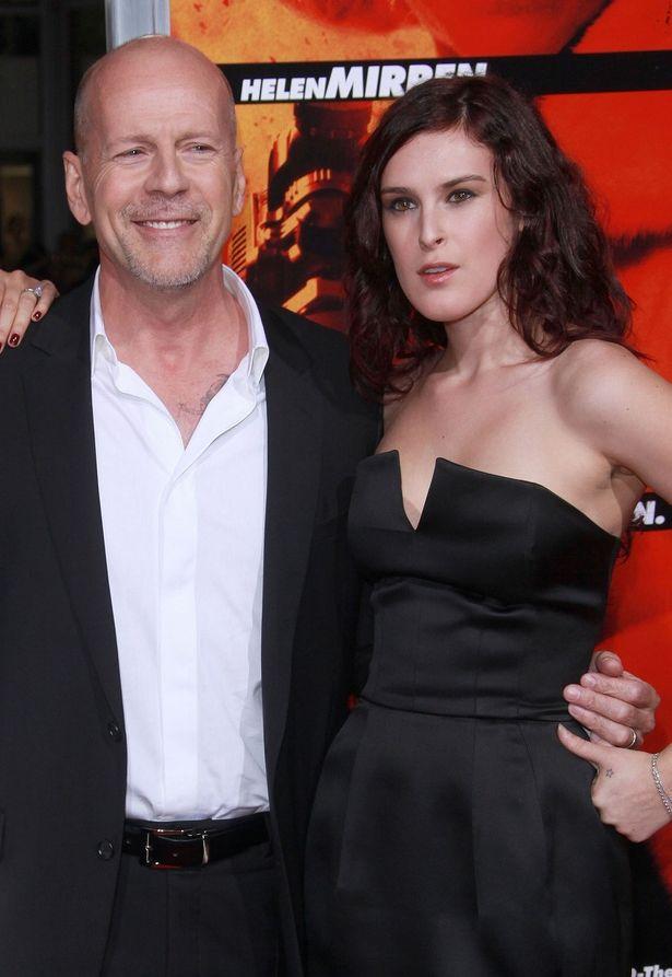 ブルース・ウィリスと娘ルーマー