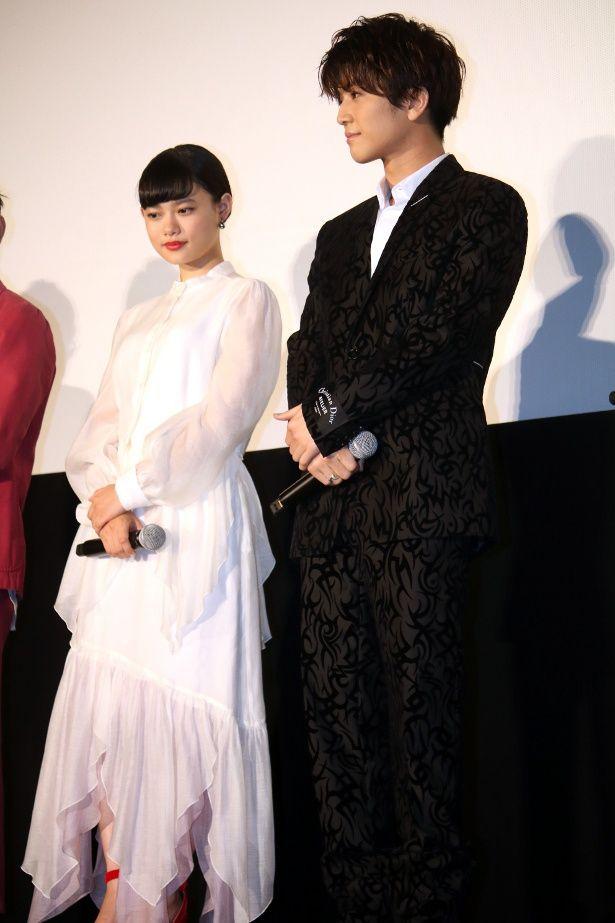 完成披露舞台挨拶にも登壇した岩田剛典と杉咲花