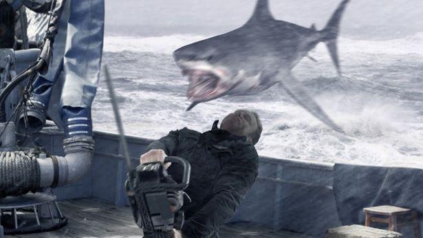 サメ映画好きにはたまらない人気シリーズが4DX版で登場する『シャークネード ラスト・チェーンソー 4DX』