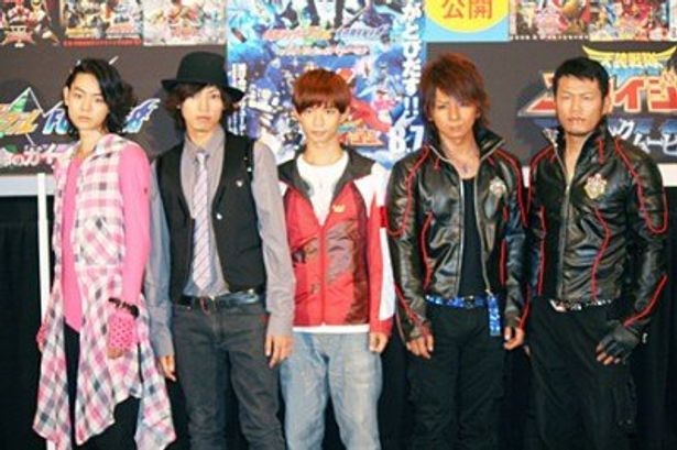 映画の見どころを語った菅田将暉、桐山漣、千葉雄大、松岡充、須藤元気(写真左から)
