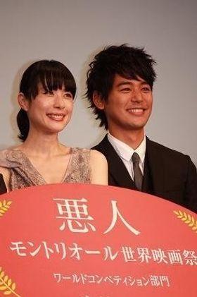 妻夫木聡が『悪人』で共演3度目の深津絵里に「根性ある女優さん」と太鼓判