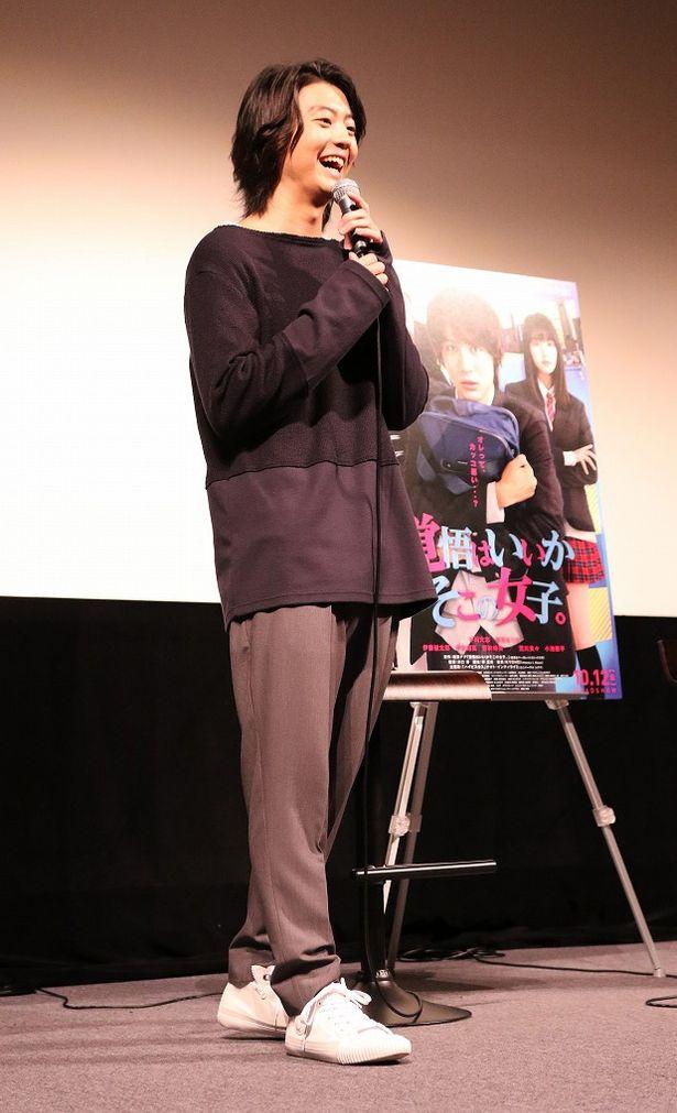 さわやかな笑顔でファンの質問に答えた伊藤健太郎