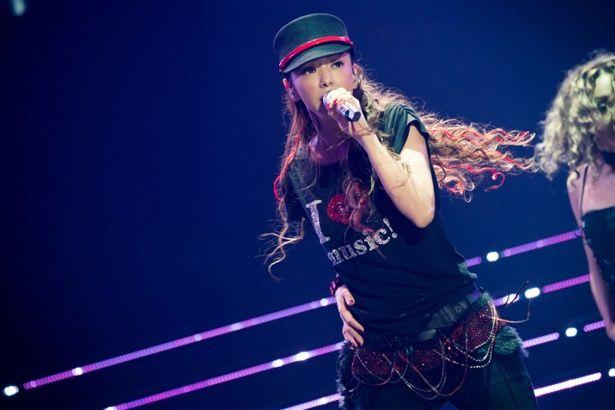 芸能界を引退した安室奈美恵のラストライブの様子をHuluにて独占配信
