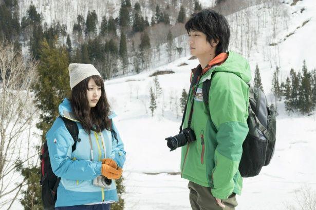 【写真を見る】恋人を演じた有村架純と伊藤健太郎の胸キュンシーン