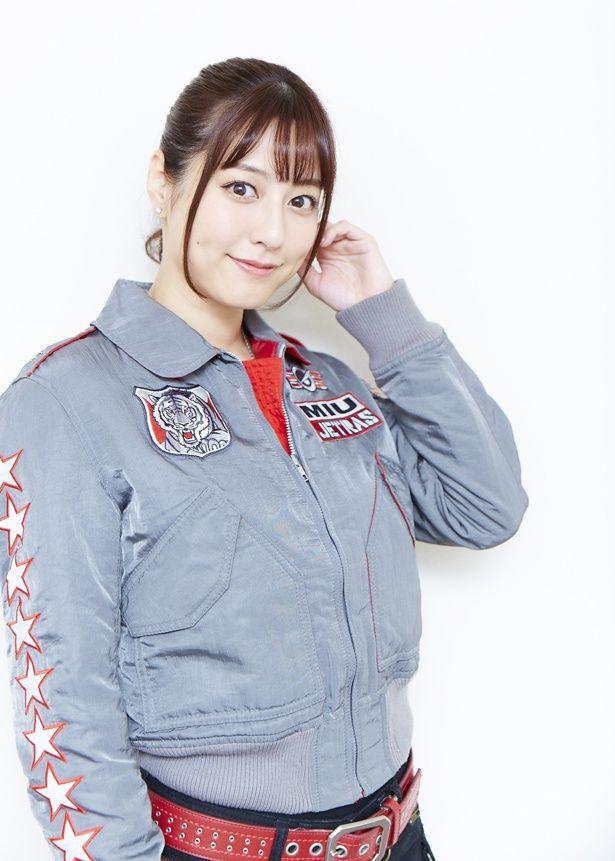 須塔美羽/ゴーオンシルバー役の杉本有美