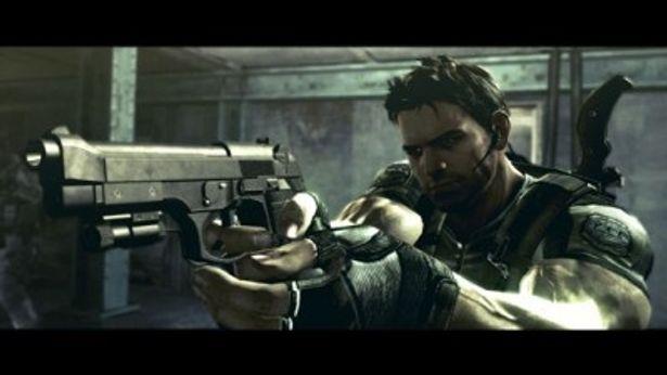 数々の死線を潜り抜けてきた、ゲーム版の主人公クリス・レッドフィールド