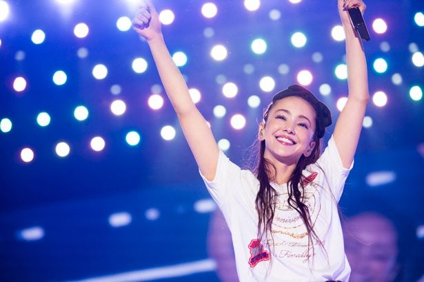 安室奈美恵のライブDVD&BDが史上初の快挙を達成!