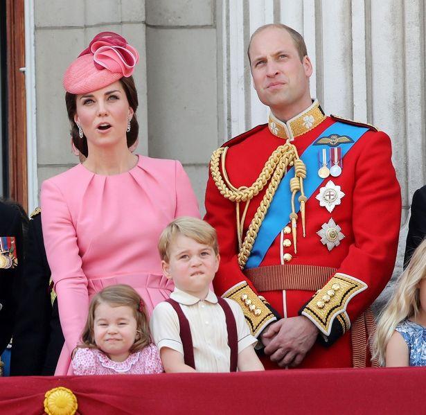 シャーロット王女がご機嫌斜めに?