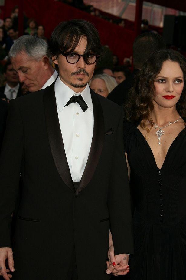 しかしジョニー・デップとヴァネッサ・パラディの娘というサラブレッド