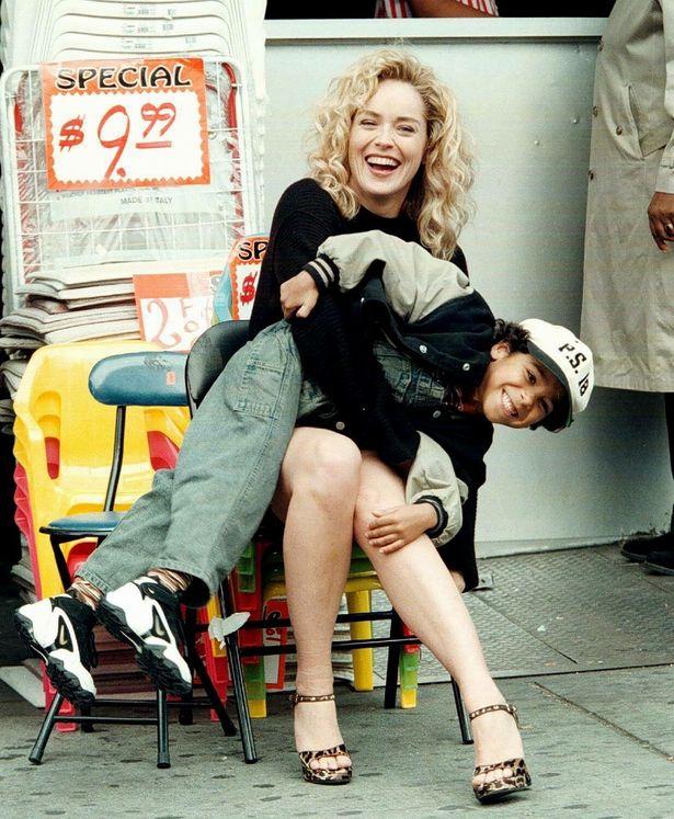 20年前の若々しいシャロン・ストーンも素敵