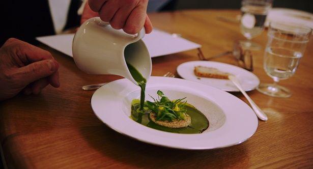 3ツ星シェフの作る料理は、高級感が段違い!(『アラン・デュカス 宮廷のレストラン』 )