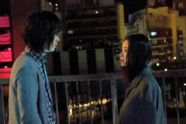 趣里と石橋静河が出演する映画「生きてるだけで、愛。」は11月9日(金)公開