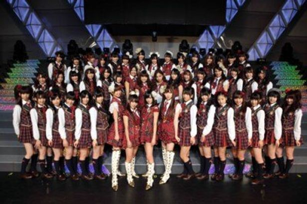 『TSUNAMI ツナミ』超日本語吹替版のエンディングソングをAKB48が歌う!