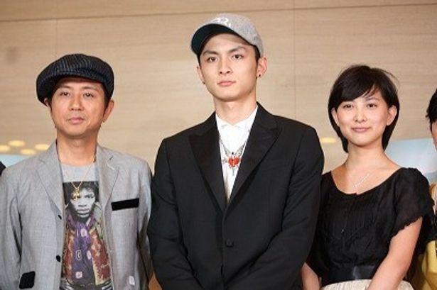 『おにいちゃんのハナビ』で兄妹役を演じた高良健吾&谷村美月と主題歌を歌った藤井フミヤ