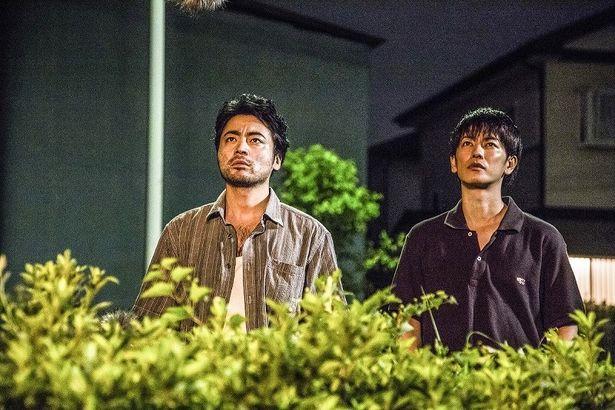 【写真を見る】劇中の山田孝之と佐藤健の共演シーンはこちら