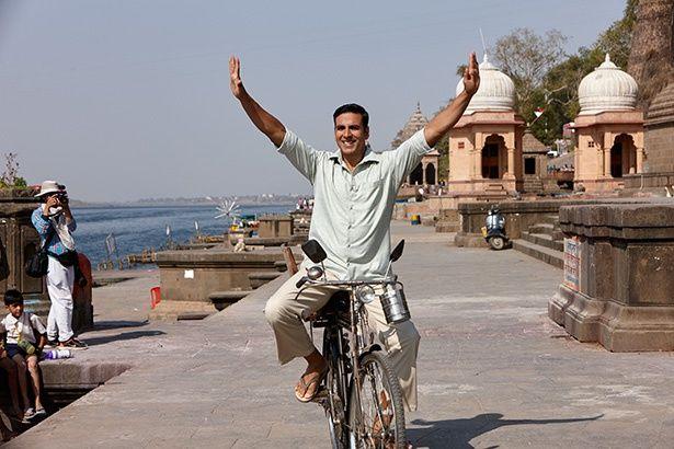 インドで安価なナプキンを開発した実在の男性をモデルにした『パッドマン 5億人の女性を救った男』