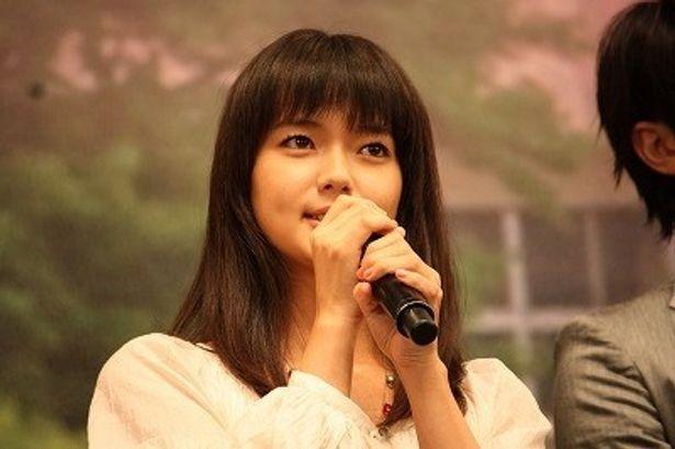 あだ名は「貞子」でもピュアで健気な性格の主人公・黒沼爽子役の多部未華子
