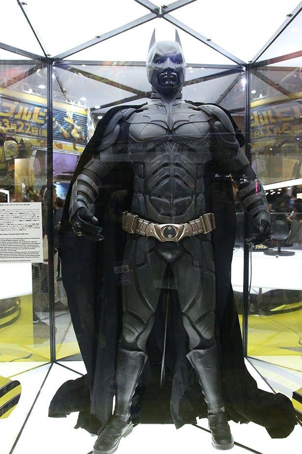 クリスチャン・ベールが実際に着用したバットマンのスーツ