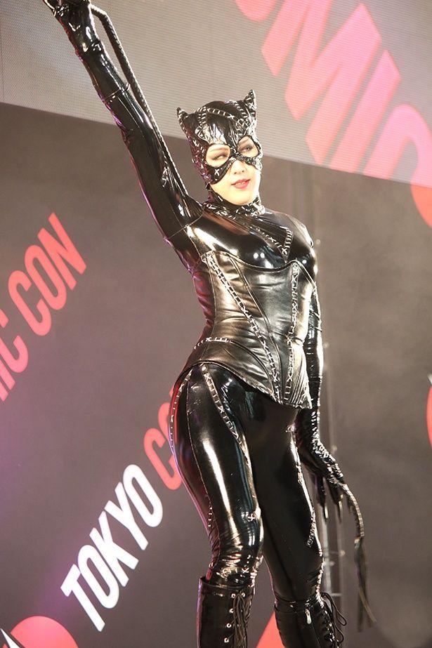 コンテストで優勝した『バットマン リターンズ』版のキャットウーマン