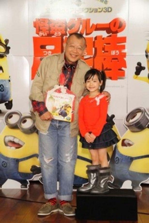 『怪盗グルーの月泥棒 3D』の完成報告会に出席した笑福亭鶴瓶と芦田愛菜