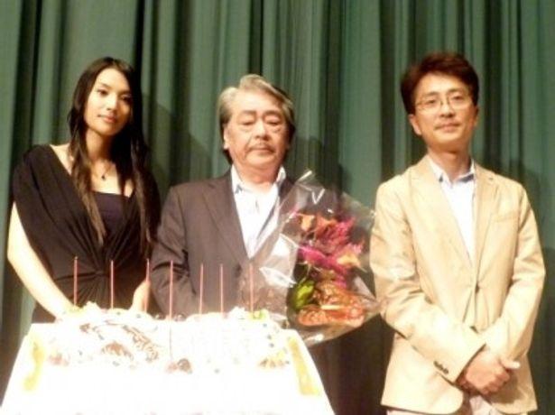 【写真】筒井康隆生誕祭に登場した、左から、芦名星、筒井康隆、小中和哉監督