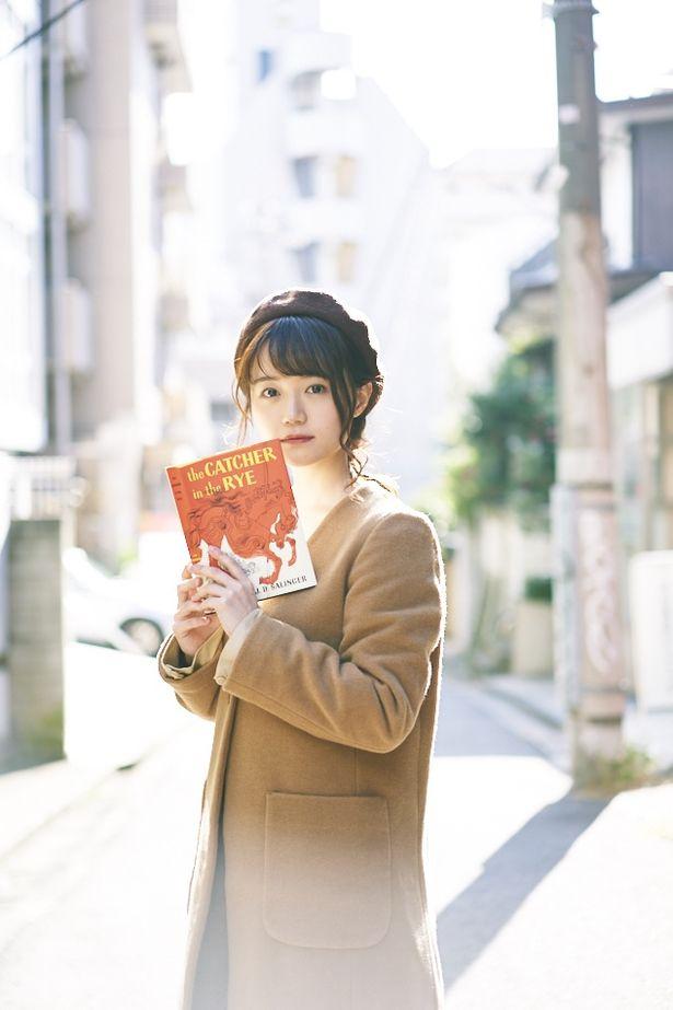 「尾崎由香のぴゅあっとムービー」1月号では『ライ麦畑の反逆児 ひとりぼっちのサリンジャー』をピックアップ