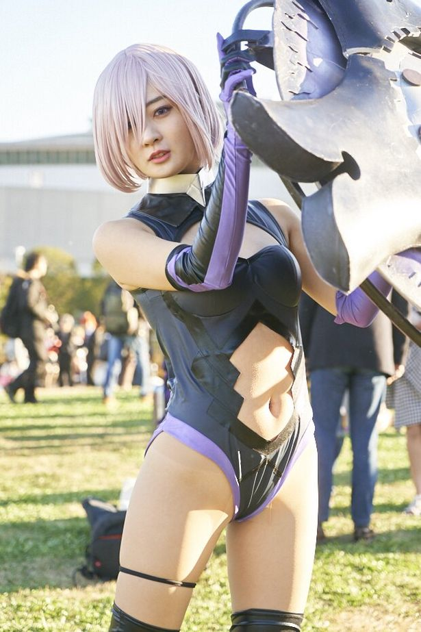 「Fate/Grand Order」のマシュ・キリエライトに扮した、池尻愛梨さん(@ilovely1007)