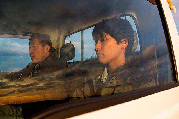柳楽優弥が最新作『夜明け』で、挫折した青年を演じる