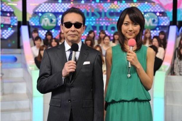 ミュージックステーションの司会を務めるタモリと竹内由恵アナウンサー(写真左から)
