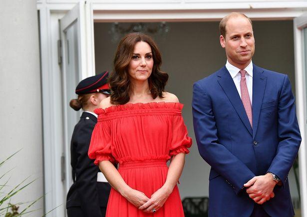 キャサリン妃の夏物着回しにはあたたかい反応