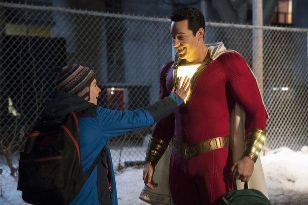 笑いで世界を救うスーパーヒーロー!?『シャザム!』予告編が完成